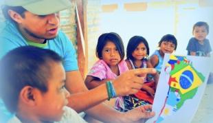 Útiles Escolares para niños de la comunidad La Estrella, Salta